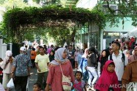 Pengunjung Kebun Raya Bogor 10.613 di awal tahun 2019