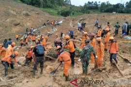 31 orang meninggal akibat longsor di Kabupaten Sukabumi
