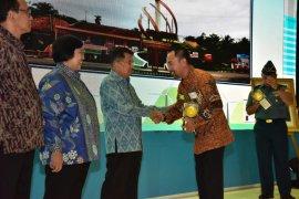 Wabup Bogor minta Disdukcapil tingkatkan pelayanan masyarakat