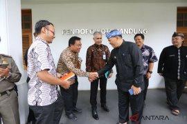 1.650 petugas kebersihan di Kota Bandung akan divaksin tetanus