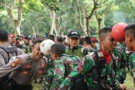 Polda Banten-Kopassus Jalin Kebersamaan Dan Soliditas