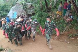 Hari keenam pencarian sembilan jenazah korban longsor Sukabumi ditemukan