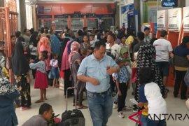 """KAI Sumut permudah """"check in"""" tiket penumpang kereta api"""