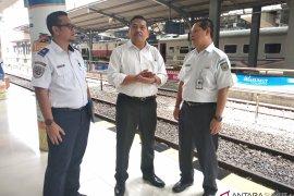 Rel layang kereta api Sumut direncanakan beroperasi April  2019
