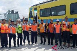 Kereta api barang  Kuala Tanjung direncanakan beroperasi Februari 2019