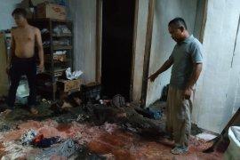 Rumah Beserta Toko di Bojonegoro Nyaris Terbakar