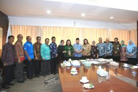 Gubernur Kaltim Minta BPOM Tingkatkan Pengawasan