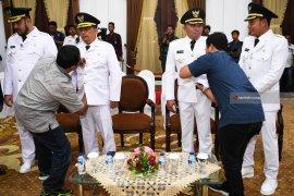 Pelantikan Wali Kota Probolinggo dan Bupati Sampang