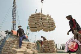 Antisipasi tekanan pasar domestik Semen Indonesia optimalkan ekspor