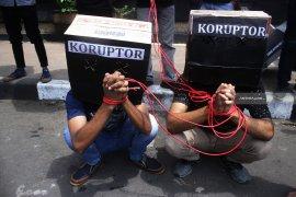 Infografik - ancaman hukuman baru bagi koruptor