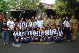"""Pemkot Denpasar apresiasi siswa peserta """"Thailand Investors Day"""""""
