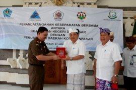 Perusahaan daerah Denpasar lakukan kesepakatan bersama Kejari