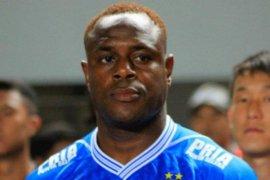 Victor Igbonefo hengkang, manajer Persib bingung