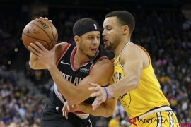 Final Barat NBA, duel Curry bersaudara