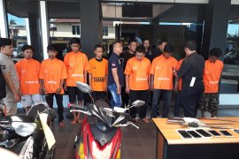 """Komplotan """"gengster Jakarta"""" dibekuk di Bekasi"""