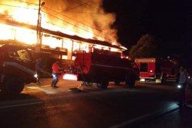 10 unit ruko di Sintang terbakar