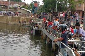 Kolam retensi Sirnaraga langsung jadi tujuan wisata mancing