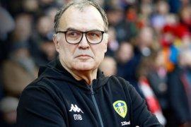 Meski gagal promosi, Leeds tetap perpanjang kontrak Bielsa