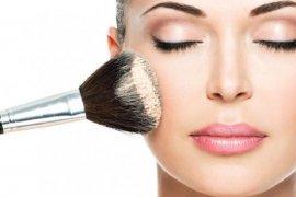 Hindari Penggunaan Kosmetik Berlapis Untuk Kulit Sensitif