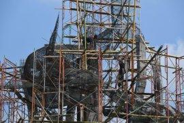 Pembangunan Patung  Suro dan Boyo