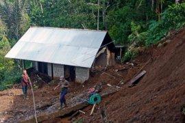 Longsor Buleleng, 4 warga tewas