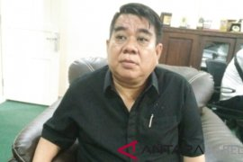 Toni Purnama imbau lima anggota PAW buat terobosan baru