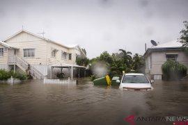 Badai petir buat banjir di Australia
