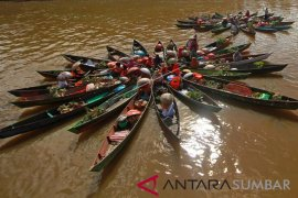 Ratusan kepala daerah akan makan malam di pinggir sungai Martapura