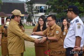 Kabid pelayanan RSU Gunungsitoli terpilih sebagai ASN terbaik