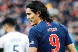 Cavani diragukan perkuat PSG hadapi United di ajang Liga Champions
