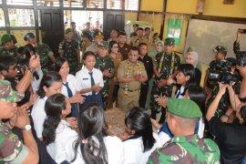 """Petasan"" program TNI peduli pendikan di perbatasan"