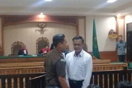 Koruptor APBDes Desa Baha-Badung diganjar 4,5 tahun penjara