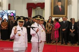 Presiden Joko Widodo lantik Fachrori Umar sebagai Gubernur Jambi