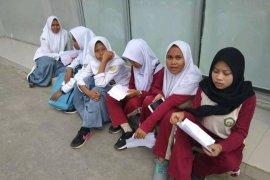 Pelajar Lebak Senang Terima Dana Program Indonesia Pintar