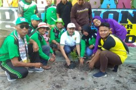 Govt asks young people to create a clean Banjarmasin