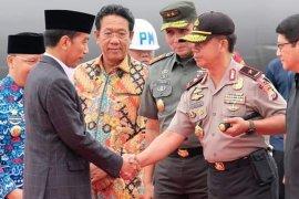 Presiden dan sejumlah menteri tiba di Bengkulu