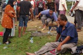 Hiace kontra Avanza di Aceh Jaya, dua orang tewas