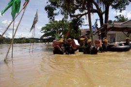 Kodim Mempawah koordinir penanganan satgas banjir di Landak