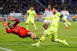Barcelona bermain imbang tanpa gol di kandang Lyon