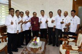 Koster usulkan kearifan lokal Bali masuk kurikulum