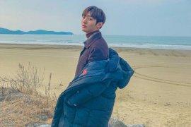 Album solo Yoon Ji-sung duduki posisi pertama iTunes, termasuk Indonesia