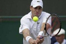 Isner ke semifinal turnamen tenis Newport