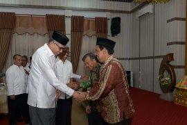Plt Gubernur Aceh tunjuk tiga Plt Lembaga Keistimewaan