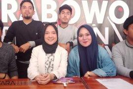 Nissa Sabyan hibur pendukung Prabowo-Sandi