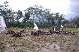 Kors sukarelawan PMI Banjarnegara dilatih bela negara