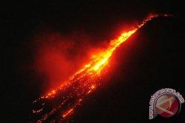 Pos pengamatan: waspadai luncuran awan panas guguran Gunung Karangetang