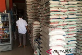 Stok beras Bulog Lhokseumawe cukup untuk delapan bulan