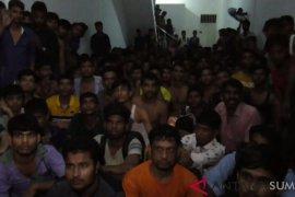 Terungkapnya keberadaan imigran gelap Bangladesh di Medan berawal dari suara gaduh