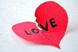 Depresi berat karena putus cinta, ABG ini minta disuntik mati