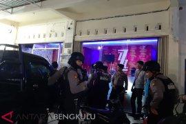 25 orang terjaring razia tempat hiburan di Kota Bengkulu